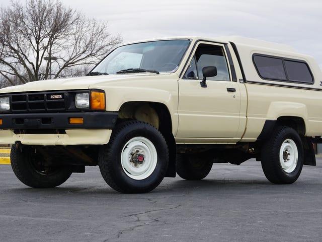 나의 265,000 마일의 터보 Toyota Pickup는 안에 숨어있는 더러운 놀람을 가지고 있었다