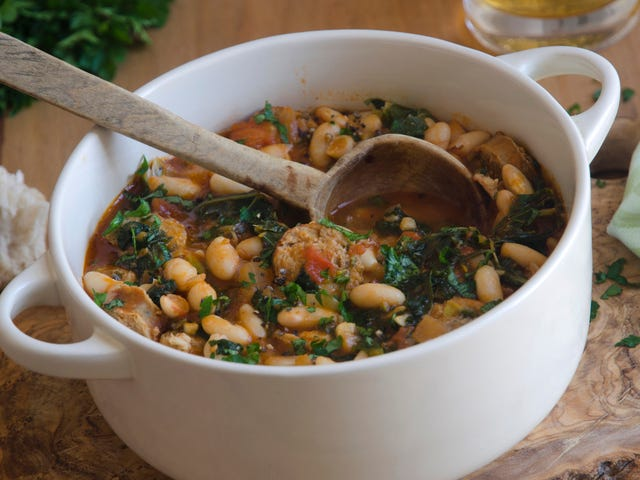 Last Call: White bean kale soup, but make it summery