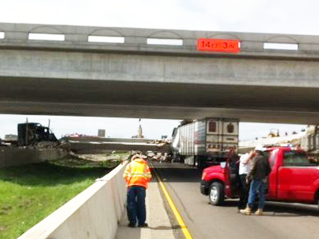 One Killed, Three Injured After 18 Wheeler Causes Texas Bridge Collapse