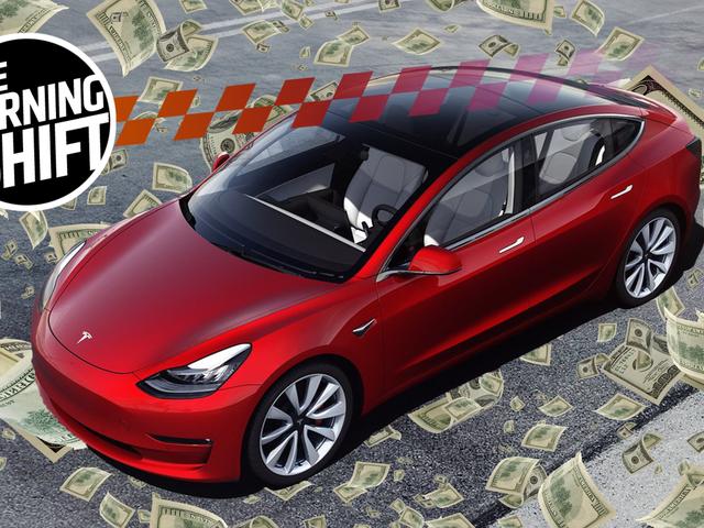 Tesla Dipaksa Meningkat Lebih $ 2 Bilion Di Tengah Perolehan Keuntungan