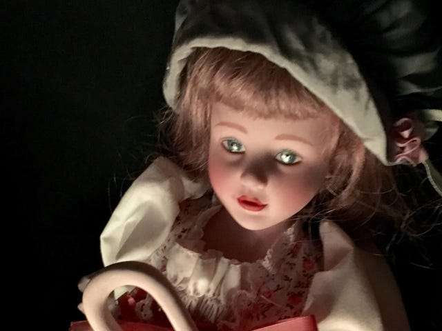 "Gaze in Terror or Boredom at This Livestream of a ""Haunted"" Doll Sitting in an Office"