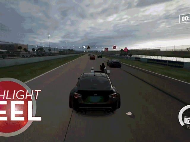 Glitched <i>Forza</i> bil er veldig strammet ned