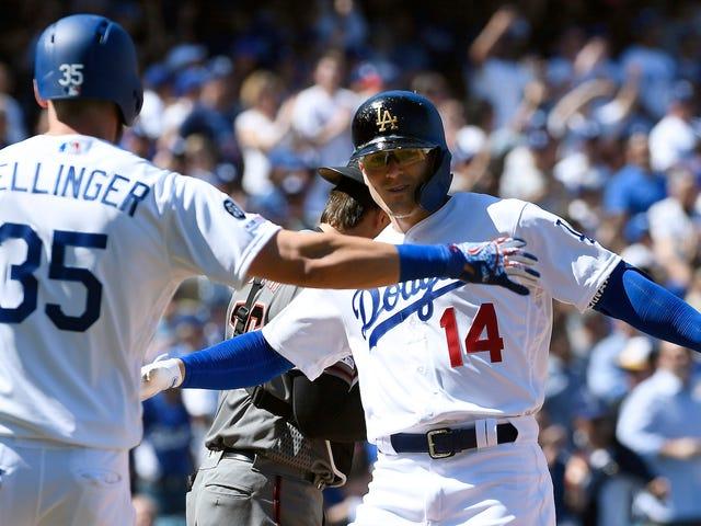 Dodgers Sæt Ny Åbningsdag Record Ved Bashing Otte Dingers