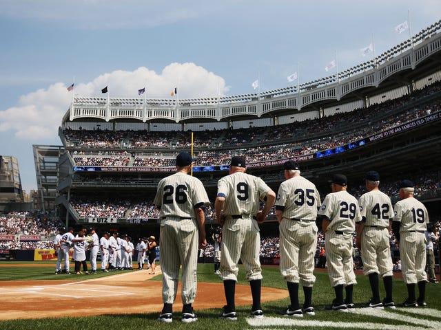 Los Yankees venderán su pasado hasta que no quede nada de él