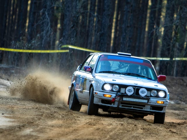 Rally Photos of the Day: Oversize edition