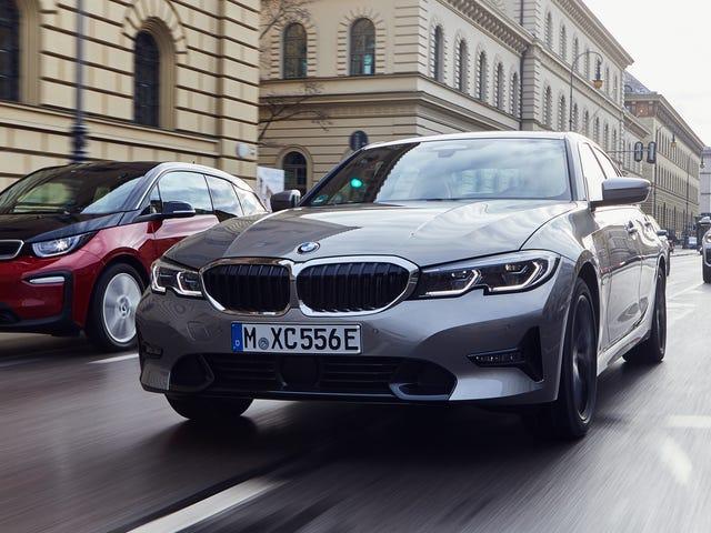 2020 BMW 330e on 252 HP: n hybridi, jolla on jotain nimeltään XtraBoost