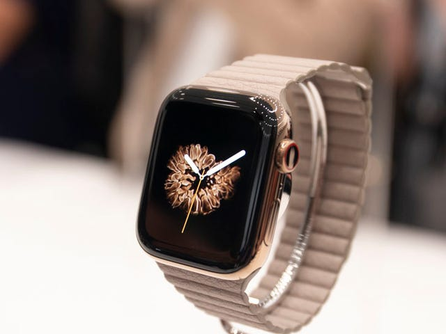 Apple and Aetna Are Giving Away Apple Watches You Have to, Uh, 'Earn' Back