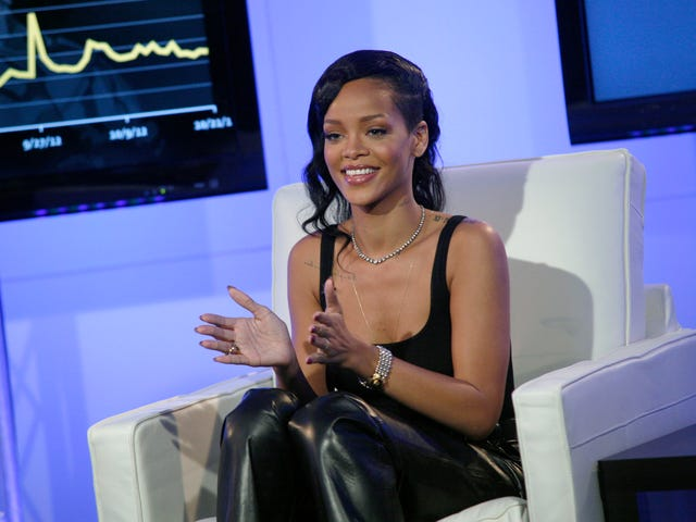 Guess Who παίρνει ένα νέο άλμπουμ Rihanna το 2019;  Είσαι!