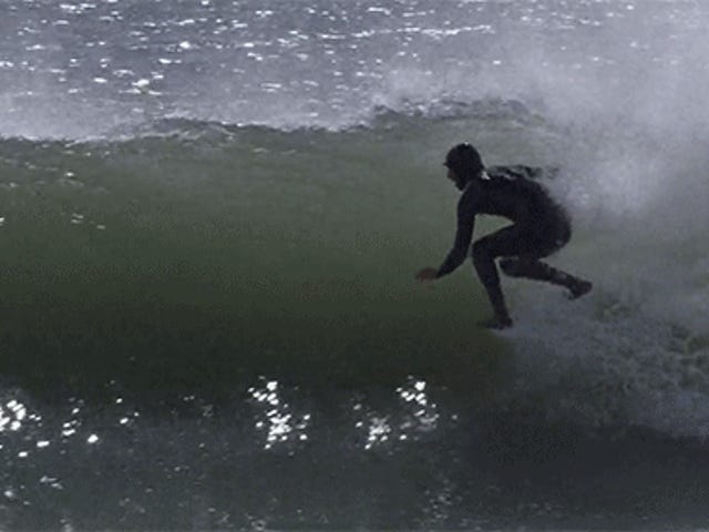 Surfaus ilman surffilautaa näyttää täysin typerältä