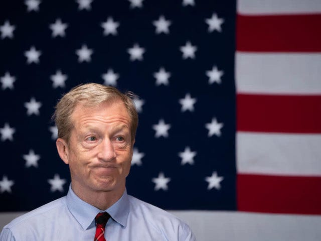 Saturday Night Social: Helaas, hier is Tom Steyer Backing That Azz Up
