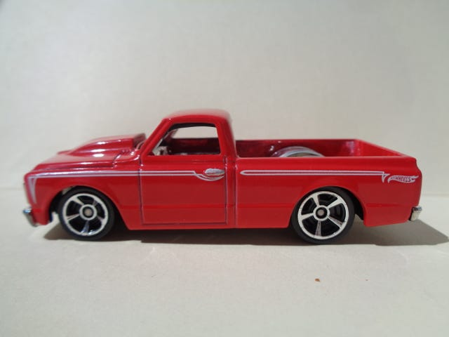 '67 CHEVY C10 PICK UP TRUCK BY HOT WHEELS