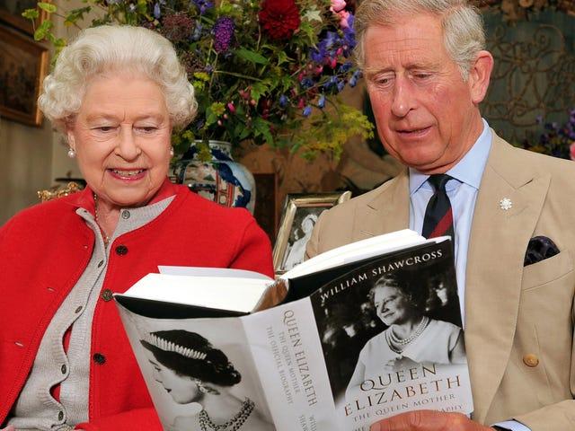 Pangeran Charles Memiliki Tupai Berkeliaran di Sekitar Rumahnya ???
