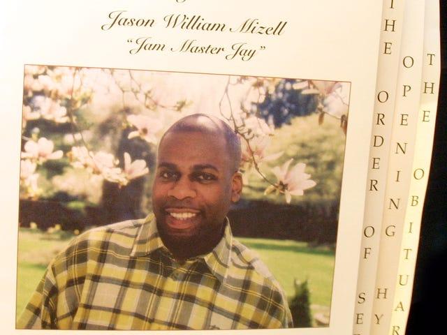 Jam Master Jay's Brother siger hans død kan være et koldt tilfælde, men det er langt fra lukket