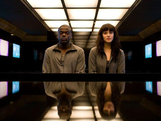 Personne n&#39;a besoin d&#39;une version américaine de <i>Black Mirror</i> .  Hollywood doit être arrêté.
