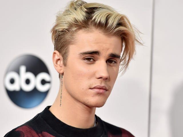 Es gibt absolut keine Abdeckung dieses Justin Bieber Tattoo