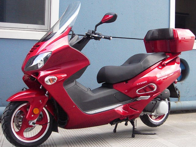 Unnecessary Scooter Shopping With Mercedes: Here We Go Again!
