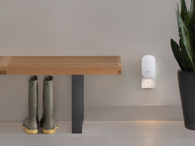 The New Eero Wi-Fi Routers Bring Glorious Minimalism to Mesh Networking