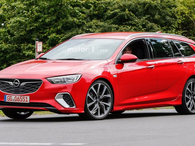 Opel Insignia GSi Wagon Spotted