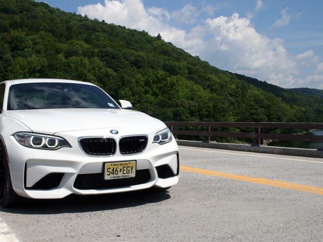 Το 2017 BMW M2 είναι ακριβώς αυτό που θέλετε ένα σύγχρονο αυτοκίνητο M να είναι