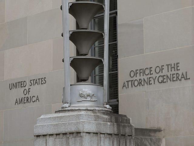 Oikeusministeriö ratkaisee syrjintävaatimuksen Denverin Sheriffin osastolta