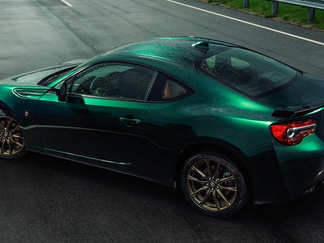 The Very Green Toyota 86 Hakone Edition Package Will Cost You $30,825