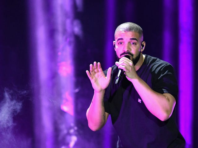 11-Year-Old Fan Surprised by Drake at Hospital Gets Heart Transplant