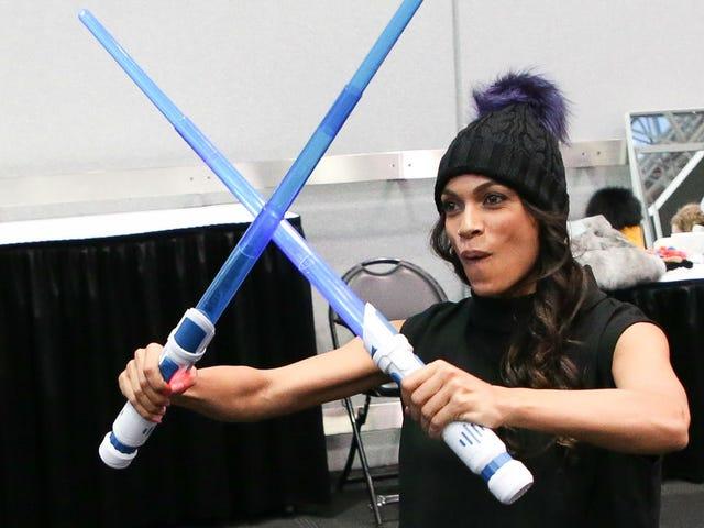 The Mandalorian heeft Rosario Dawson gekozen om Ahsoka Tano te spelen