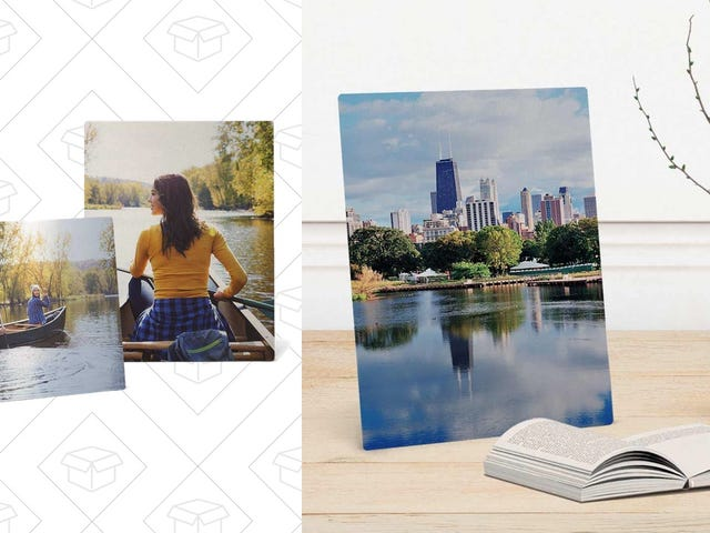 "Get Mom An 11x14"" Metal Photo Print For Just $16"