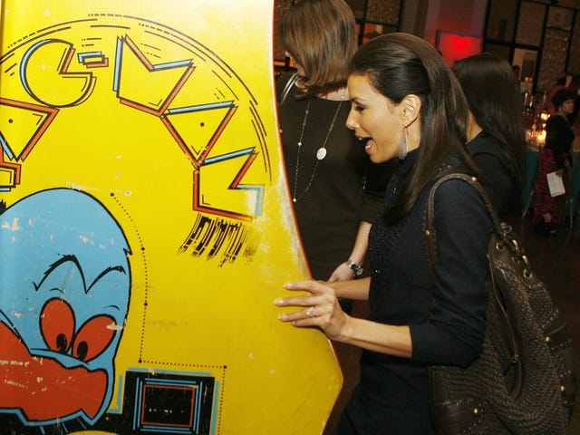 Why Almost Every Pac-Man Player Grabbed The Left Side Of The Machine