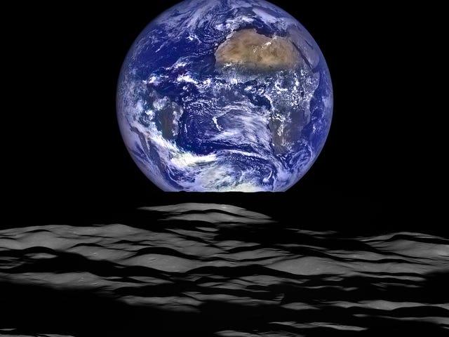 """Lunar """"Earthrise"""""""