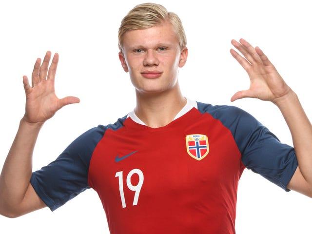 La grande teen norvegese segna nove gol in una partita nella Coppa del Mondo U-20