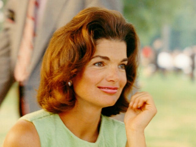 TIL what Jackie O. always ordered for lunch, besides gin