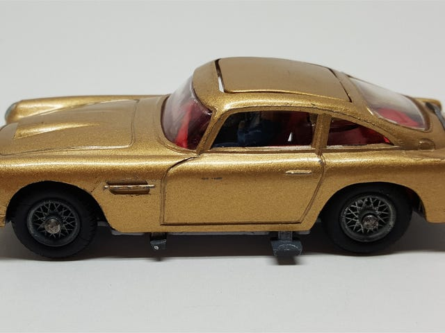 LaLD Car Week 2019: anni '60 - Corgi Aston Martin DB5 James Bond