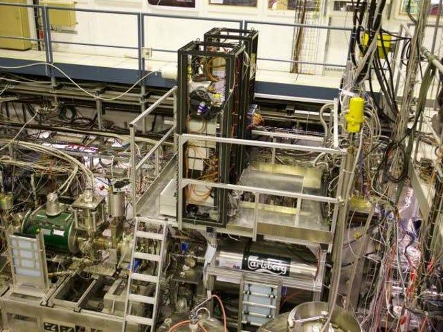 Los científicos pronto dejarán caer la antimateria para ver cómo se comporta en la gravedad