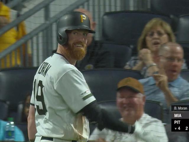 Brian Moran estréia na MLB e imediatamente ataca seu irmão