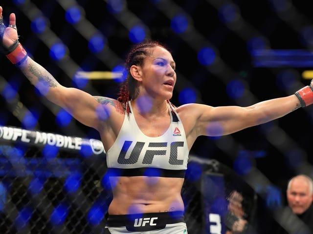 Dana White กล่าวว่า UFC ปล่อย Cris Cyborg จากสัญญาของเธอ