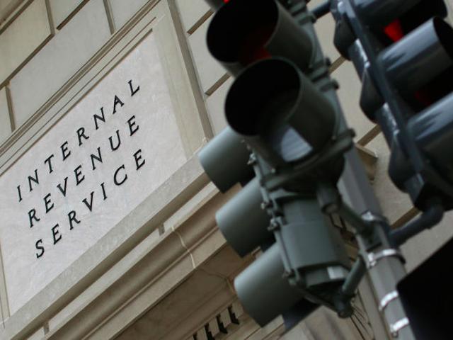 Yli 700 000 ihmistä sai ruuvin viime vuoden IRS-tietojen rikkomiseen