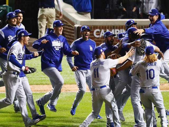 Dodgers Blow Out Cubs To Advance To World Series
