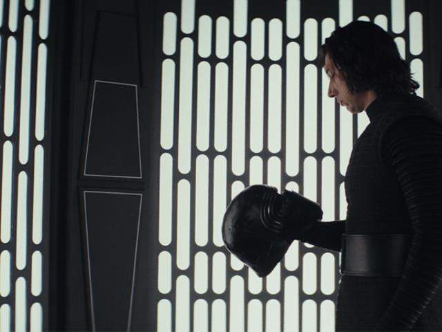 "<i>The Last Jedi</i> тихо вбив ще одну традицію "" <i>Star Wars</i> ти можеш пропустити"