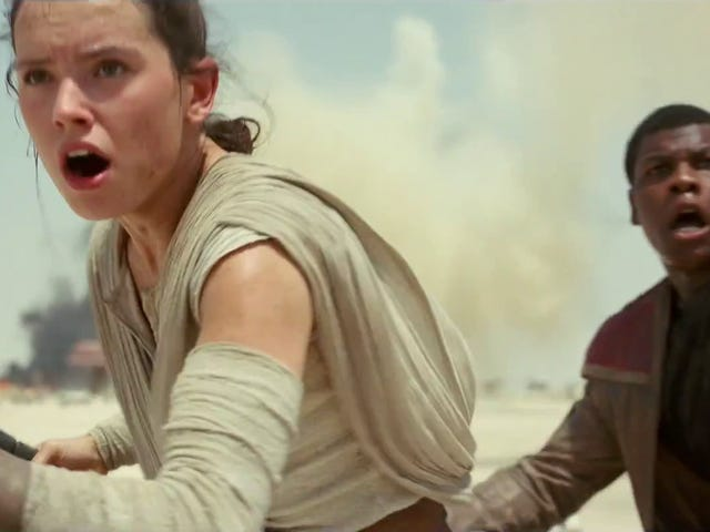 Opinion: The Force Awakens Has Problems