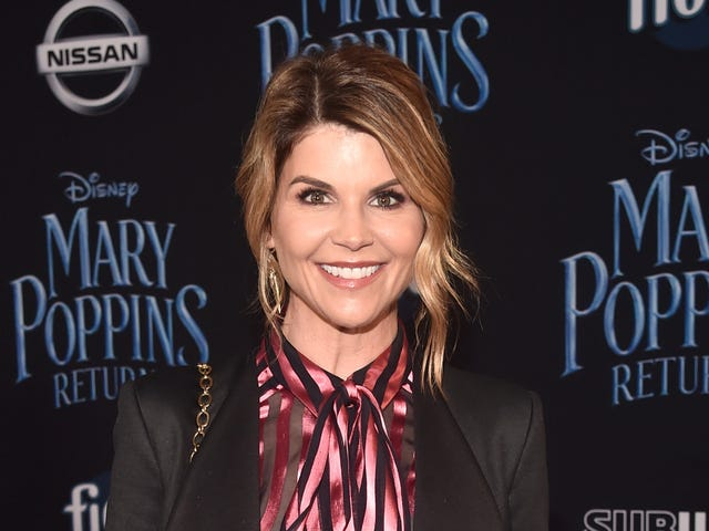 Aunt Becky Really, Really, Really, Really Doesn't Want to Go to Jail