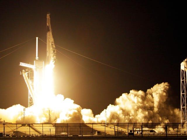 स्पेसएक्स और नासा ने क्रू ड्रैगन कैप्सूल की टेस्ट उड़ान आईएसएस के लिए लॉन्च की