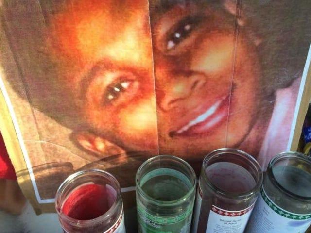 Чиновники Кливленда обвиняют Тамира Райса в его собственной стрельбе в смерть