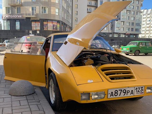 Thu thập những chiếc xe tự chế kỳ quái của quá khứ Xô Viết của Nga