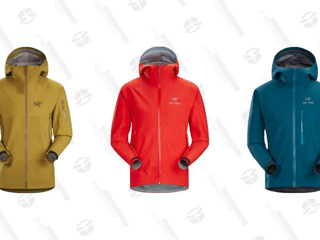 Get Arc'teryx Rain Coats and More 25% Off at REI