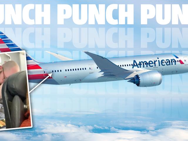 Mann reagiert wie riesiges idiotisches Kleinkind auf liegenden Flugzeugsitz