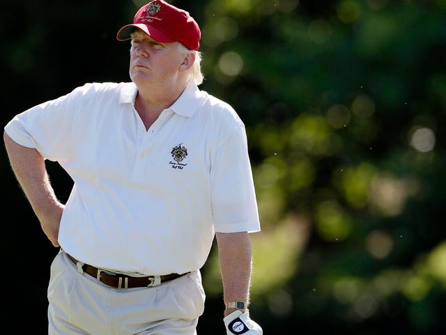 Trump Reportedly Trash-talked White House to Golf Buddies, Calling it 'a Real Dump'