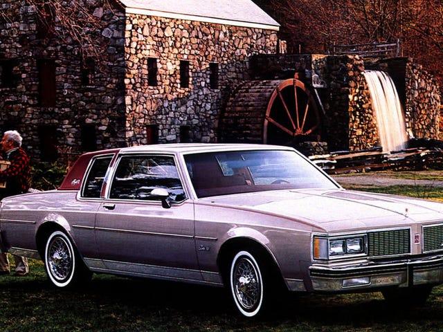 Täysin normaali oldsmobile delta 88 -ympäristö