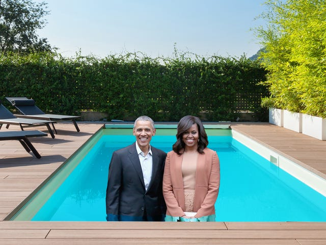 Pool Party at Barack and Michelle's!