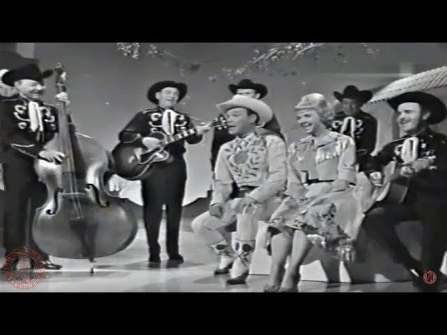 """Western Medley""- Roy Rogers, Dale Evans, and Sons of Pioneers- The Roy Rogers and Dale Evans Show (1962)"